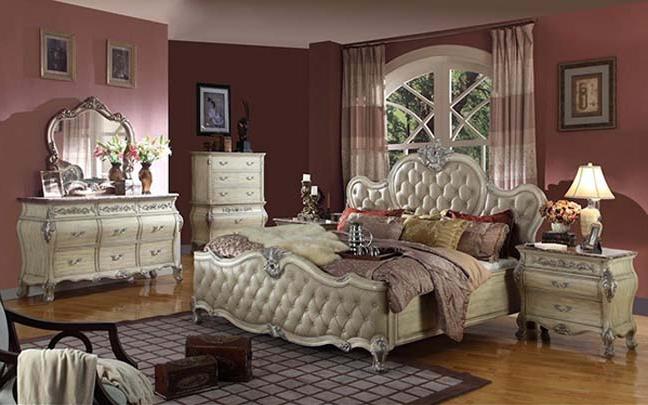 Thiết kế mẫu phòng ngủ dành cho biệt thự cổ điển không bao giờ lỗi mốt