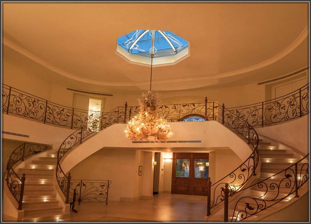 Thiết kế biệt thự cổ điển ở Tây Nguyên đẹp nguy nga và lộng lẫy - 3