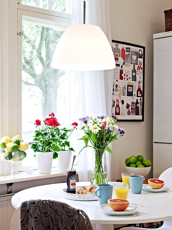 Thiết kế phòng bếp tươi mát với những điểm nhấn từ thiên nhiên - 02