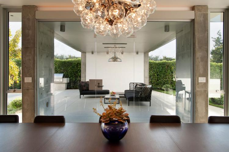 Chiêm ngưỡng vẻ đẹp của căn biệt thự sang trọng với hồ bơi xanh mát - 06