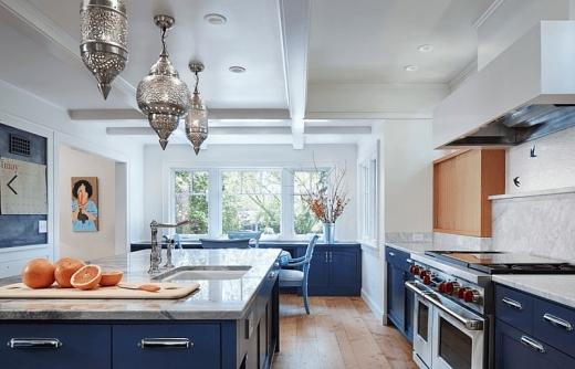 Không gian nấu nướng bừng sáng với sức mạnh của sắc màu