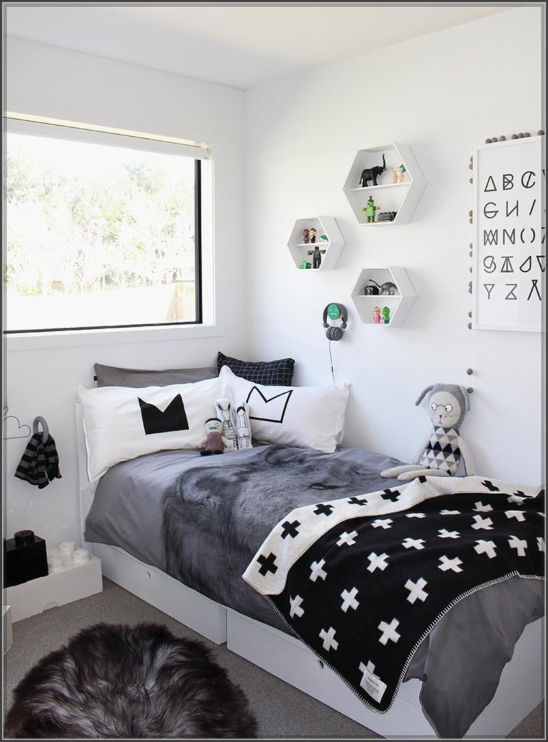 Phòng ngủ đẹp chỉ với hai màu đen trắng