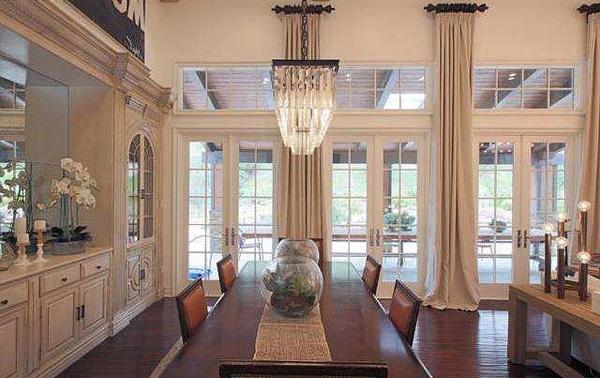Biệt thự của Kylie Jenner chuẩn sang trọng với giá trị gần 3 triệu đô - 07