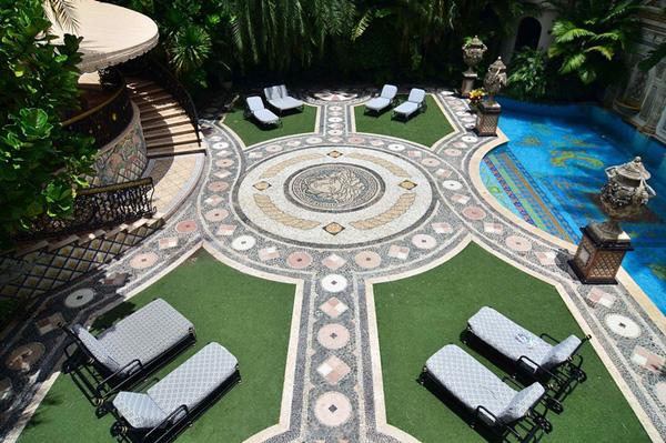 Biệt thự của Victoria Beckham tại Mỹ với phong cách Phục Hưng ấn tượng - 04