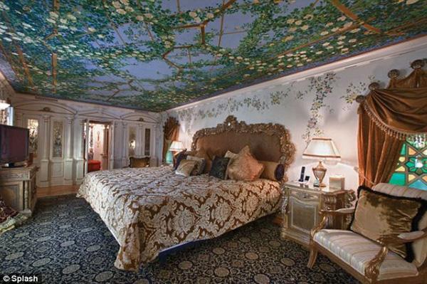 Biệt thự của Victoria Beckham tại Mỹ với phong cách Phục Hưng ấn tượng - 12