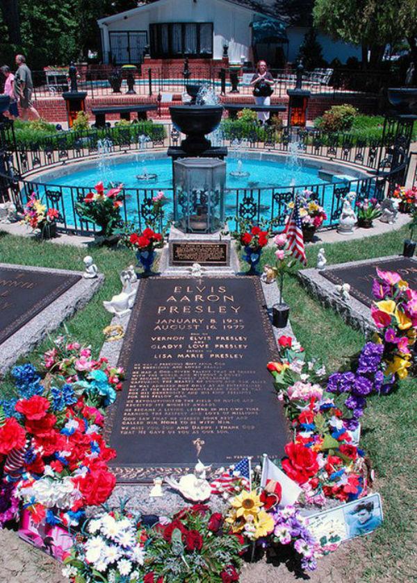 Biệt thự của Elvis Presley phong cách cổ điển của những năm 1940 - 09