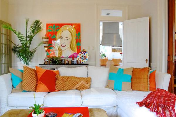 Phòng khách đẹp theo phong cách Retro rực rỡ