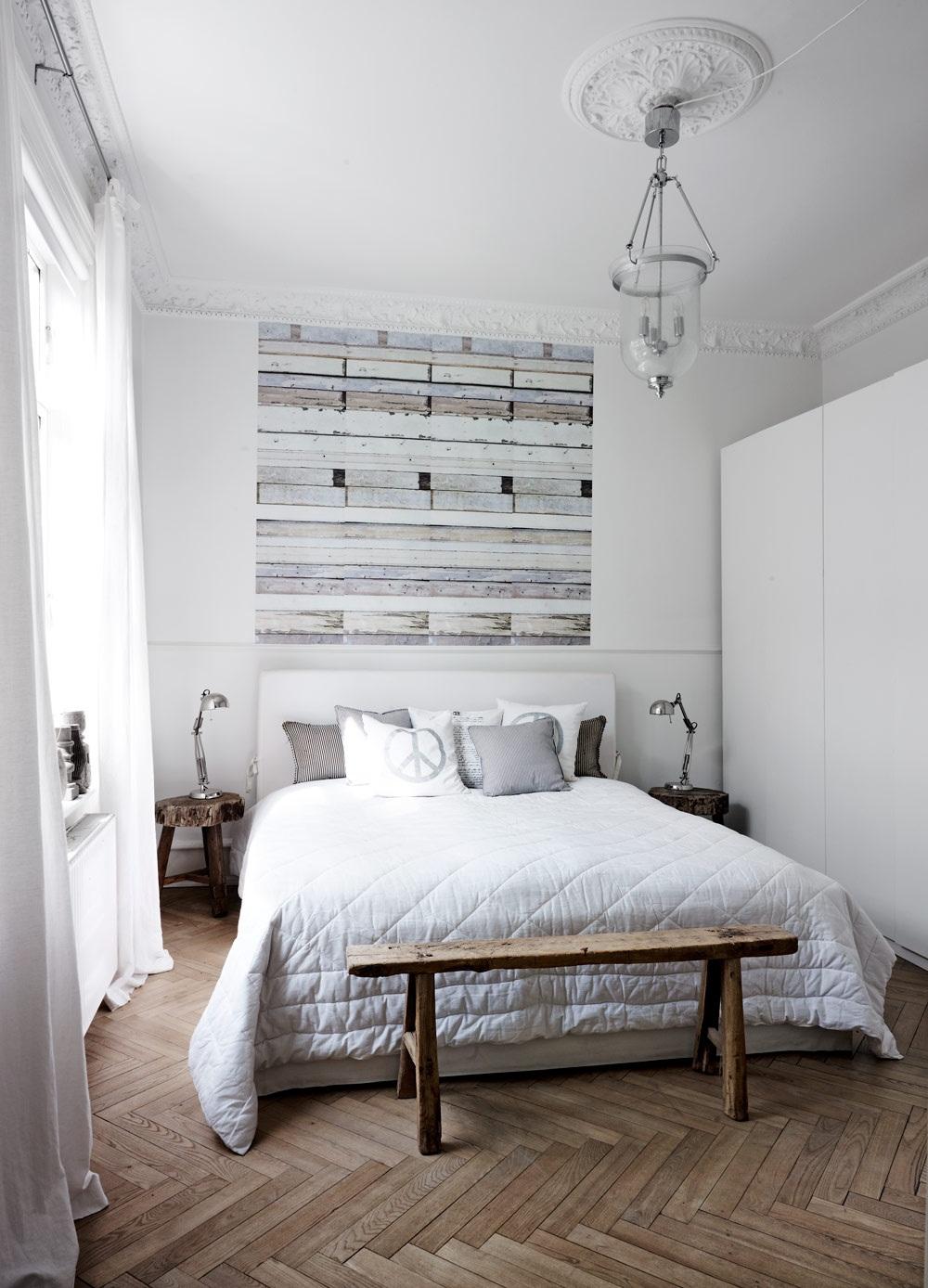 Phòng ngủ màu trắng đơn giản mà sang trọng, tinh tế