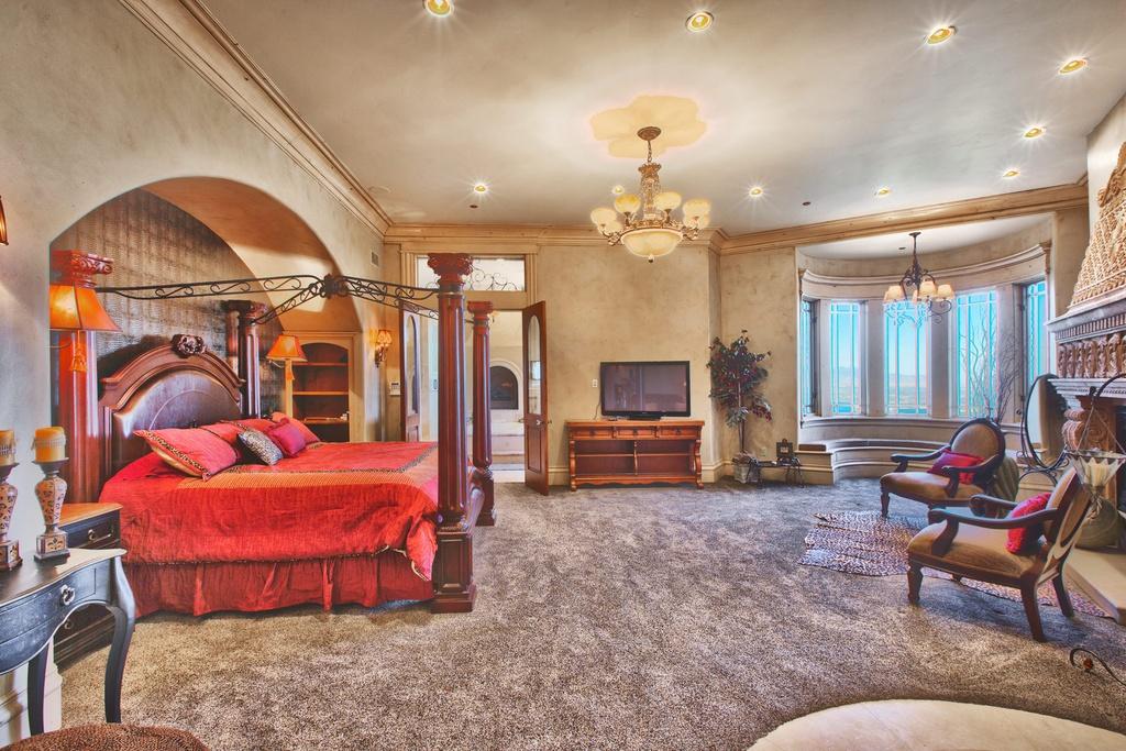 Biệt thự cổ điển nằm bình yên giữa thành phố Salt Lake tuyệt đẹp