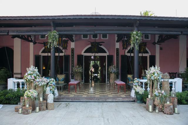 Ngắm biệt thự đẹp như mơ của Trang Lạ và ông xã Việt kiều