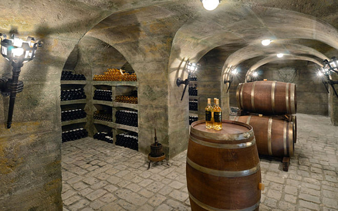 Biệt thự cổ điển châu Âu dát vàng đắt giá nhất hành tinh - 14