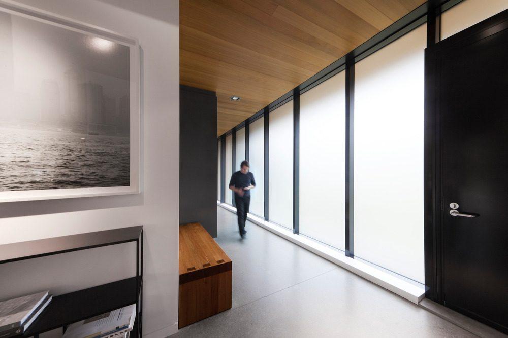 Biệt thự nghỉ dưỡng hiện đại tại Canada - Rosenberry Residence - 05