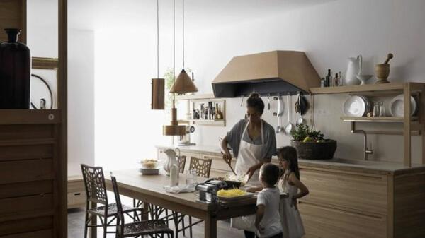 Thiết kế phòng bếp nội thất gỗ tự nhiên đẳng cấp và sang trọng - 02