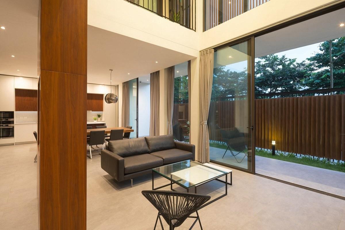 Độc lạ căn biệt thự gỗ 2 tầng ở Hà Nội đáng xem