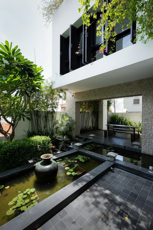 Mẫu biệt thự kiểu Huế độc đáo ngay tại Sài Gòn
