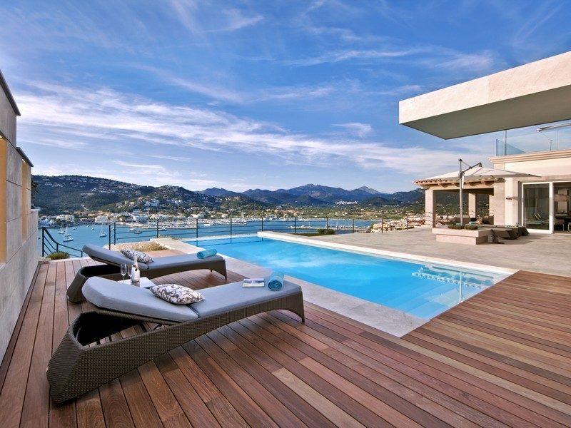 Tham khảo mẫu biệt thự nghỉ dưỡng siêu đẹp hướng ra biển