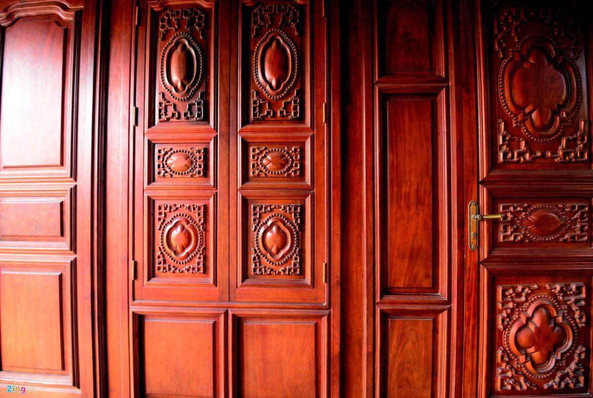 """Chiêm ngưỡng """"phủ"""" bằng gỗ quý của đại gia buôn gỗ xứ Nghệ"""
