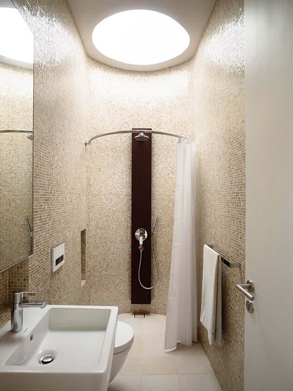 Độc đáo thiết kế bể bơi thông phòng khách của căn biệt thự tại Singapore