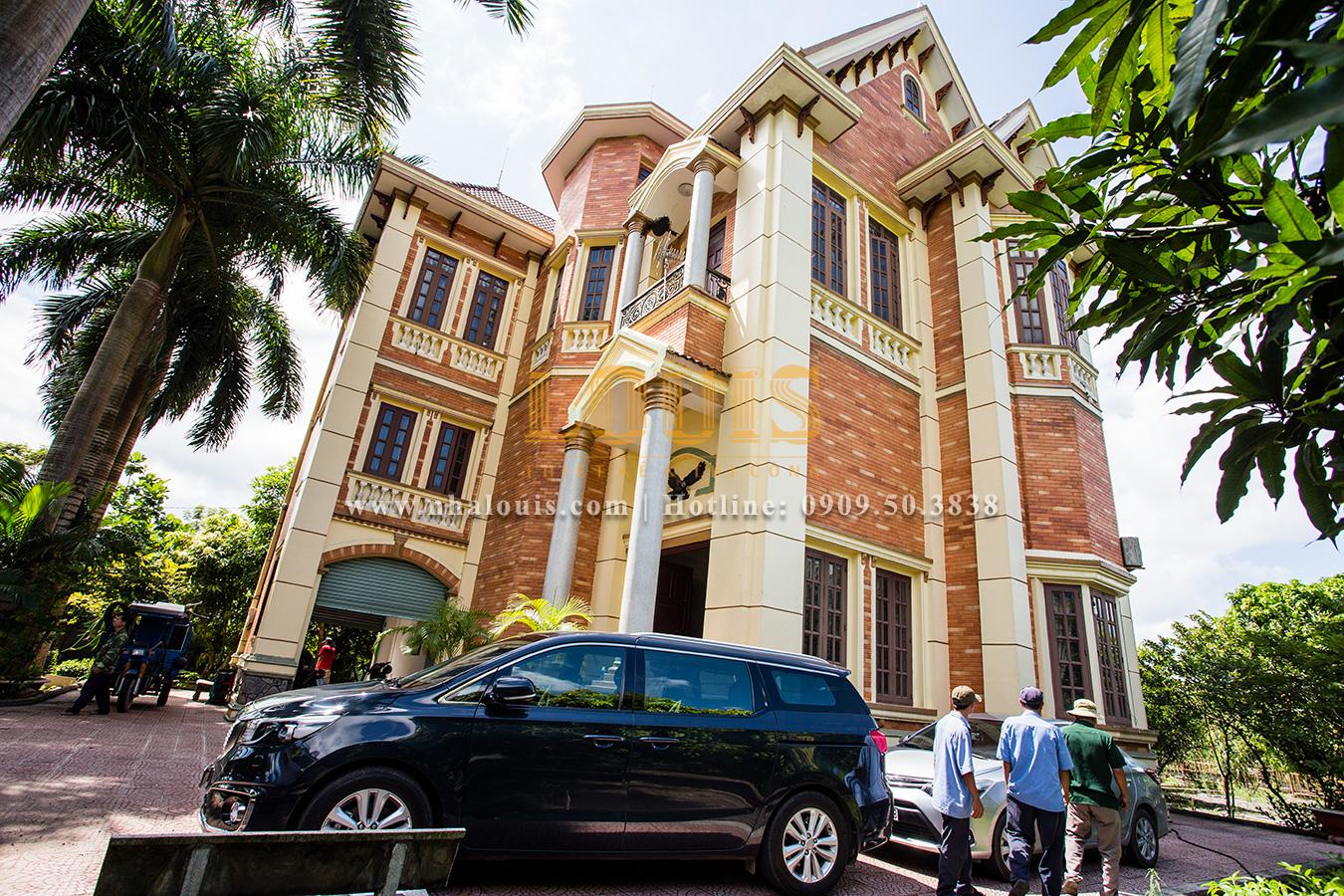 Mặt tiền trước cải tạo Mẫu biệt thự kiến trúc Pháp tại Đồng Nai đẹp hoa lệ - 01