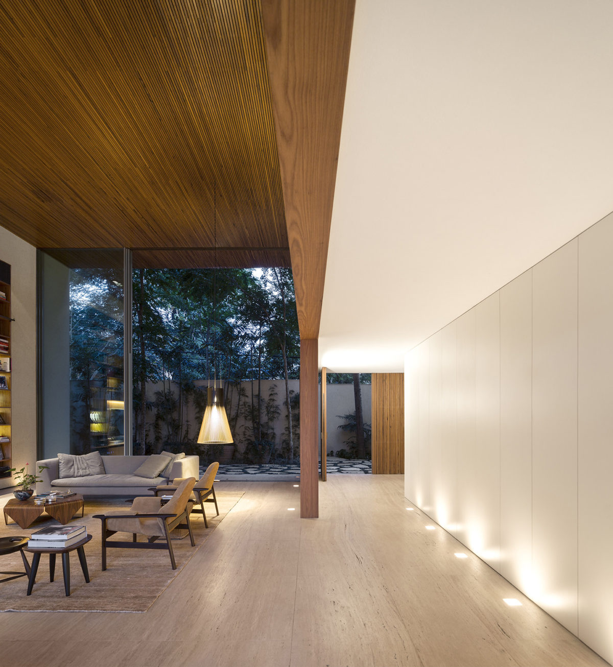 Thú vị căn biệt thự hồ bơi thiết kế từ cảm hứng của trò xếp hình Tetris