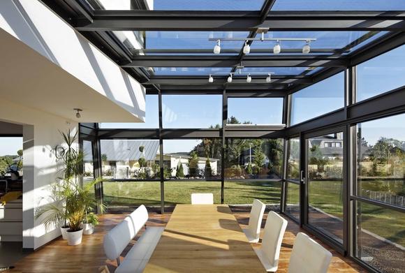 Gợi ý những kiểu mái hiên biệt thự vườn 2 tầng đẹp bạn không nên bỏ lỡ