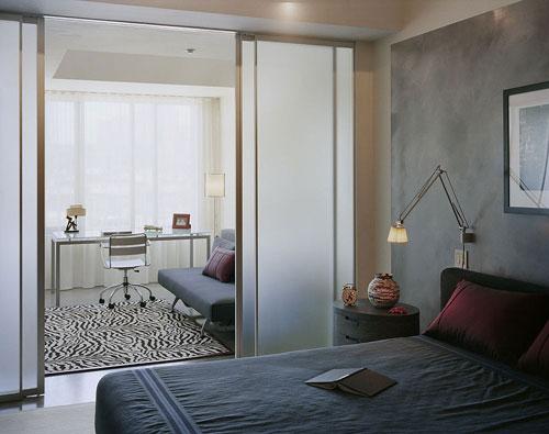 Biệt thự phố hiện đại thanh bình nhờ trang trí phòng ngủ theo phong cách nhật bản