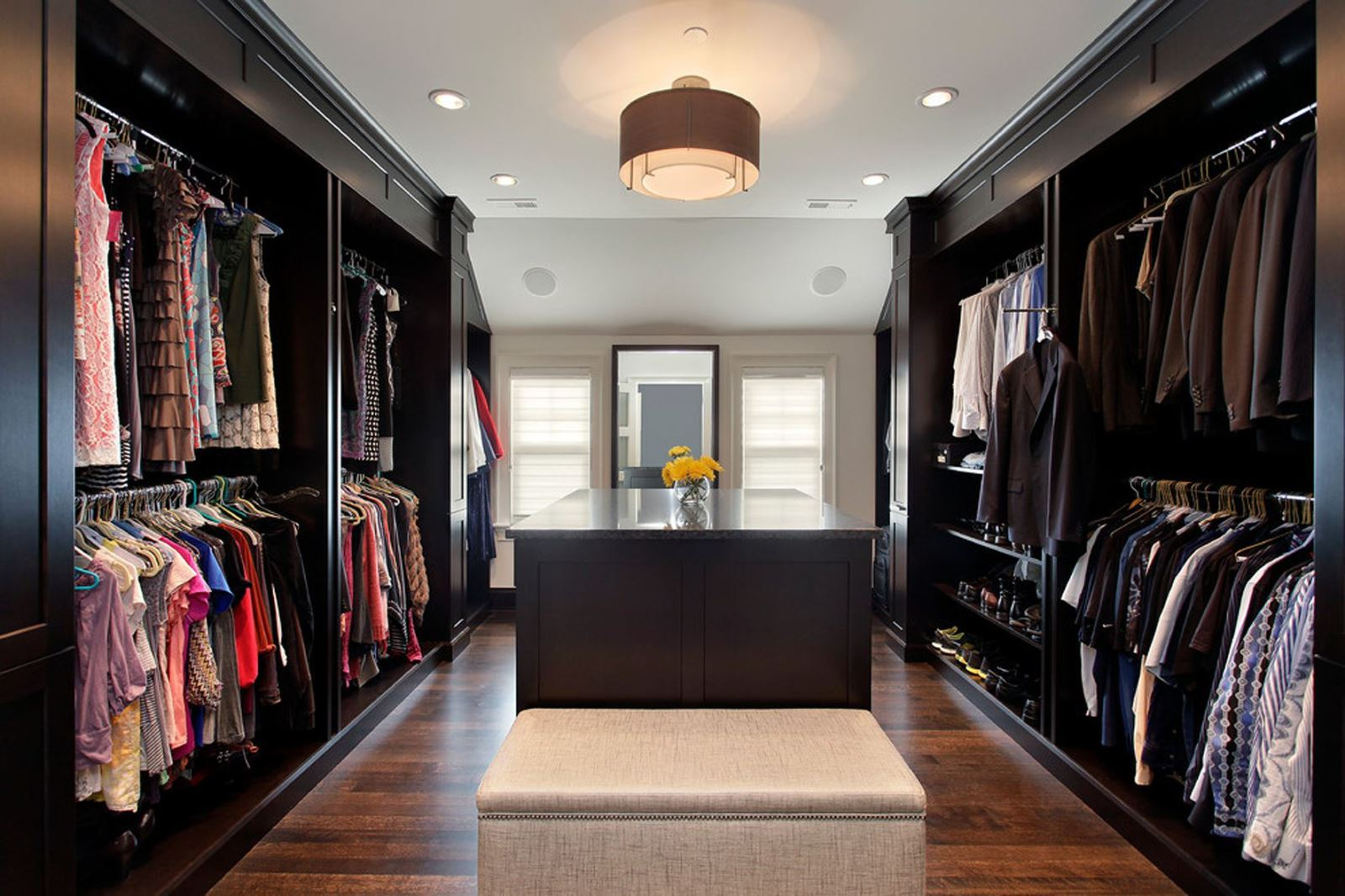 Gợi ý thiết kế phòng thay đồ đẹp nhìn là muốn sở hữu ngay