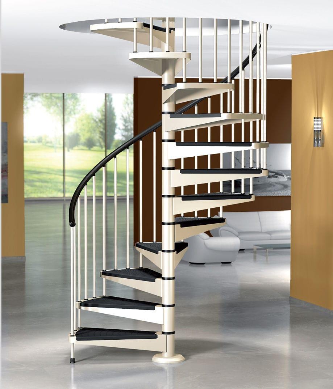 Gia chủ càng không được bỏ qua độ rộng của khoang cầu thang