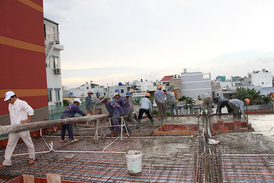 Thi công sàn bê tông biệt thự 3 tầng ở Quận Tân Phú - 11