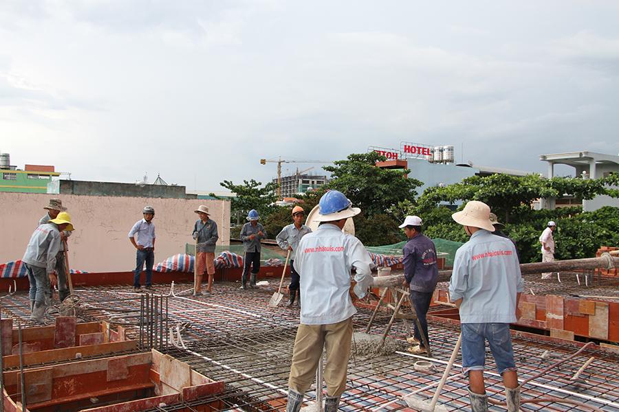 Thi công sàn bê tông biệt thự 3 tầng ở Quận Tân Phú - 6