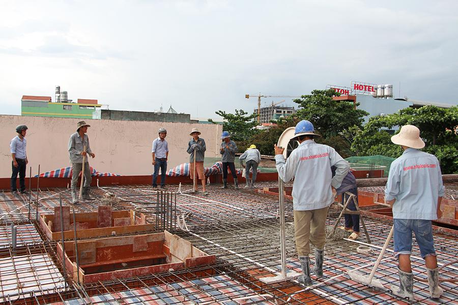 Thi công sàn bê tông biệt thự 3 tầng ở Quận Tân Phú - 7