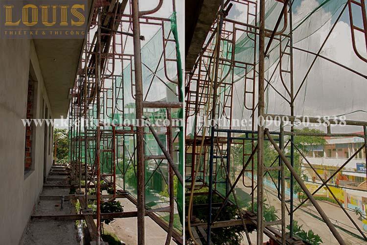 Thi công xây tường gạch ngăn biệt thự vườn 2 tầng ở Quận 8 - 8