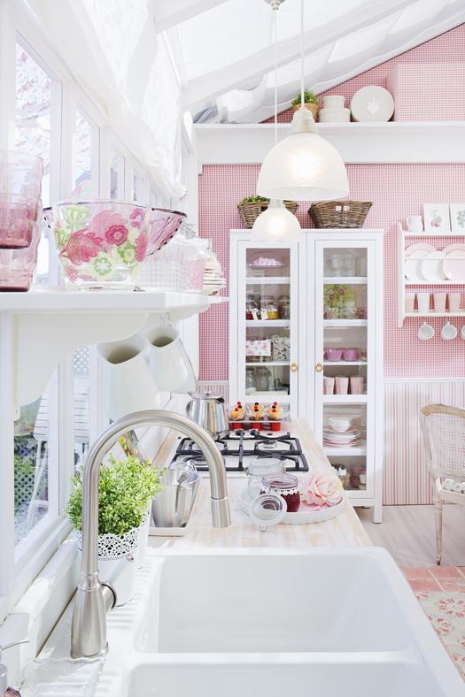 Thiết kế bếp gam màu hồng mê hoặc chị em phụ nữ từ cái nhìn đầu tiên - 5